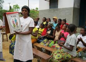 Een posterbox wordt gebruikt tijdens een prenatale consultatie